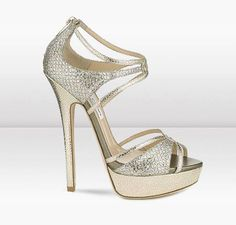 zapatos Stiletto Pumps, Pumps Heels, High Heels, Top Shoes, Me Too Shoes, Gold Outfit, Heeled Loafers, Killer Heels, Jimmy Choo Shoes