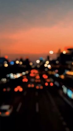 Night Aesthetic, Aesthetic Movies, Aesthetic Videos, Aesthetic Backgrounds, Aesthetic Pictures, Aesthetic Wallpapers, Quote Backgrounds, Rain Photography, Aesthetic Photography Nature