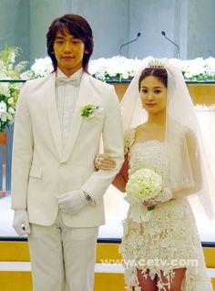 Full House <3 Rain/Bi as Lee Young Jae Song Hye Kyo as Han Ji Eun