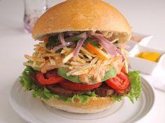 Family Friday: Peruvian-Style Asado Sandwiches - QueRicaVida.com