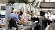Airlines ask passengers to share photos of TSA's never-ending security lines