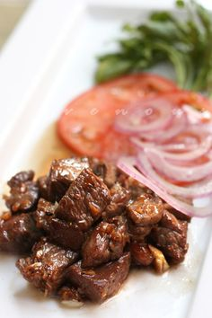 Shaking beef or bo luc lac is a popular Vietnamese dish. Easy shaking beef recipe that is delicious and simple to make. | rasamalaysia.com