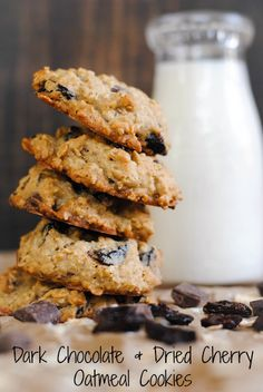 Dark Chocolate and Dried Cherry Oatmeal Cookies | foxeslovelemons.com