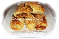 YEŞİL MERCİMEKLİ BÖREK | Mutfak Ve Tatlar Turkish Snacks, Turkish Recipes, Ethnic Recipes, Dessert Recipes, Desserts, Pretzel Bites, New Recipes, Tart, French Toast