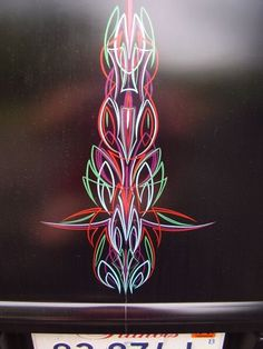 I love the multi-color pinstriping. Pinstripe Art, Heart Doodle, Pinstriping Designs, Lace Design, Painted Signs, Custom Paint, Artwork Design, Art Photography, Design Inspiration