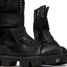 Big strap black lace-up boots