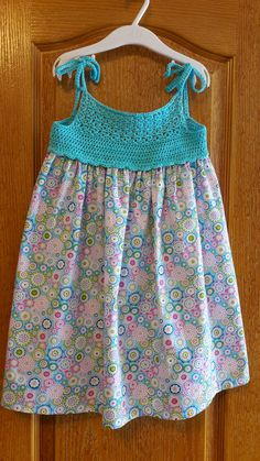 98 Likes, 9 Comments - crochet Frocks For Girls, Kids Frocks, Tutus For Girls, Little Girl Dresses, Crochet Girls, Crochet Baby Clothes, Crochet For Kids, Crochet Fabric, Knit Crochet