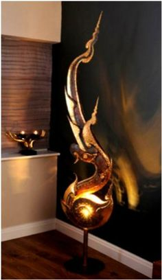 Contemporary Style Shell Sculpture Lamp Unusual Lamp Hand