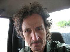 La soledad se encuentra Tan despareja Ramiro Quesada : autofoto  2012 post: fer | echolalia