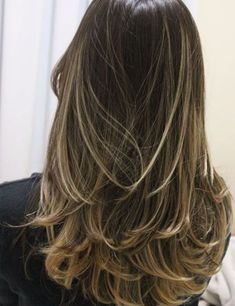 49 Ideas For Hair Balayage Platinum Long Bobs Long Layered Hair, Long Hair Cuts, Ombre Hair, Balayage Hair, Medium Hair Styles, Curly Hair Styles, Hair Highlights, Pretty Hairstyles, Layered Hairstyles
