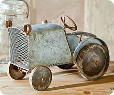 Tractors 541487555168545314 - Distressed Vintage Blue Tractor Statue Source by Vintage Love, Retro Vintage, Vintage Items, Vintage Cars, Vintage Style, Antique Toys, Vintage Antiques, Yard Sculptures, Deco Retro