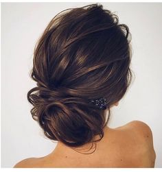 Check out these gorgeous wedding hairstyles, from wedding updo to boho braids. Check out these gorgeous wedding hairstyles, from wedding updo to boho braids. Bridesmaid Hair Updo, Prom Updo, Bridesmaid Ideas, Bridesmaid Hair Short Bob, Bridesmaid Makeup, Wedding Hair Inspiration, Wedding Ideas, Wedding Photos, Wedding Styles