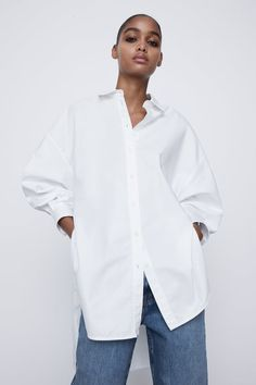 Oversized Shirt Outfit, Oversized White Shirt, White Shirt And Jeans, White Shirts Women, Dress Shirts For Women, White Button Down Outfit, Blue Shirt Outfits, Clothes For Women Over 50, Zara