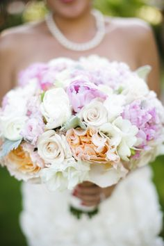 #Bouquet | See the wedding on SMP - http://www.stylemepretty.com/2013/03/27/maui-wedding-from-weddings-by-sasha/ Weddings by Sasha