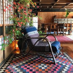 Twofold Handcrafted Travel offers small-group tours to Japan, India and Mexico that explore fashion, textiles, craft and design. Small Group Tours, Small Groups, Tokyo Tour, Patio, Japan, Outdoor Decor, Chairs, Travel, Design