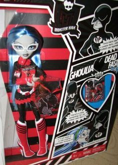 2011 San Diego Comic Con, Comic Con International (SDCC 2011) Exclusive Monster High Ghoulia Yelps with Dead Fast by Mattel. $299.99