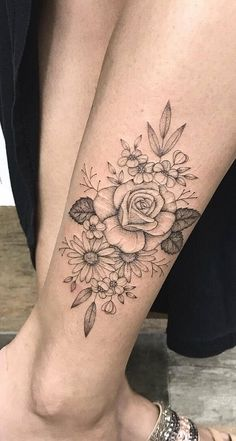 70 Female ankle tattoos that will impress you! Leg Tattoos Small, Flower Leg Tattoos, Girl Leg Tattoos, Ankle Tattoos For Women, Line Tattoos, Foot Tattoos, Body Art Tattoos, Buddha Tattoos, Tatoos