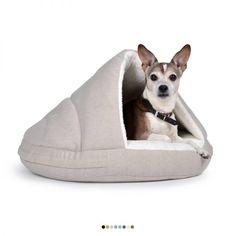 #Hundebett Shell Comfort   Einfach perfekt Eine Relax-Oase, die keine Wünsche offen lässt! Shell ist nicht nur formschön und bequem; es ist aus zwei unterschiedlichen Materialien gefertigt. Während der Außenstoff für eine edle Optik sorgt, bildet der Innenstoff mit der Überdeckung einen besonders hohen Kuschelfaktor und größtmöglichen Komfort. Hier will jeder Viebeiner faulenzen und entspannen!  Perfekt für jeden Ganz egal, ob Jack Russel oder Spaniel: Shell Comfort ist in vielen…
