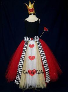 Heart Queen Tutu Skirt Queen of Hearts Costume Heart Tutu Queen Of Hearts Halloween Costume, Red Queen Costume, Fete Halloween, Halloween Costumes, Disney Halloween, Halloween Stuff, Halloween Ideas, Happy Halloween, Red Glitter