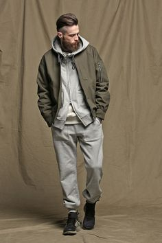 프리즘웍스(FRIZMWORKS) 오버사이즈 MA-1 플라이트 재킷 _ 올리브 - 109,000원 | 무신사 스토어 - 셀렉트숍 Workwear Fashion, Mens Fashion, Best Leather Jackets, Casual Wear For Men, Streetwear, Androgynous Fashion, Urban Street Style, Fashion Poses, Men Looks