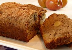 #Spiced #Apple #Bread http://www.foodfood.com/recipes/spiced-apple-bread/