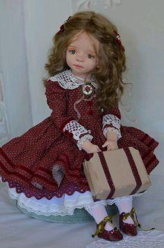 Купить Ангелина - кукла, коллекция, текстильная кукла, зеленые глаза, интерьерная кукла, коллекционирование, брошка