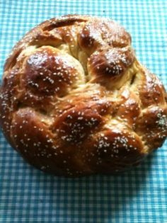Tsoureki (Greek Easter sweet bread) Our neighbour makes us one every Easter yummm! Greek Sweets, Greek Desserts, Greek Recipes, Greek Easter Bread, Greek Bread, Greek Cheese, Greek Cooking, Boiled Egg, Hard Boiled