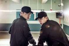 """Frst still image from movie """"Midnight Runners"""" (English title) starring Park Seo-Joon and Kang Ha-Neul Drama Movies, Hd Movies, Sung Dong Il, Oppa Gangnam Style, Korean Male Actors, Kang Haneul, Park Seo Joon, The Big Boss, Movie Of The Week"""