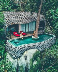 Check out our 20 stunning hotels in striking locations Jungle Resort, Treehouse Hotel, Infinity Pools, Cool Tree Houses, Tree House Designs, Bungalows, Best Hotels, Amazing Hotels, Resorts