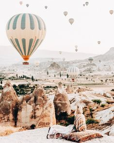 Keeping cosy while watching the morning sky fill with balloons✨Kappadokia Turkey Oh The Places You'll Go, Places To Travel, Travel Destinations, Turkey Destinations, Adventure Awaits, Adventure Travel, Morning Sky, Jolie Photo, Travel Goals