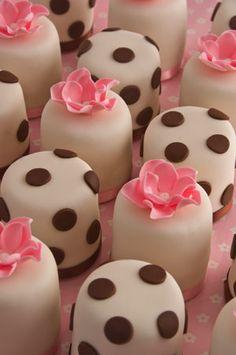 'Polka Dot and Pink' mini cakes : Fair trade arabica espresso coffee cake from maisiefantasie