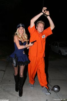 Pin for Later: 55+ Celebrity Couples Halloween Costumes Heidi Montag and Spencer Pratt as a Police Officer and an Inmate