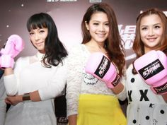 """Kick Ass Girls"" press conference at JW Marriot, KL. Time to pose!"