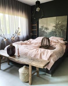 Black Room: 60 Photos and Color Decorating Tips - Home Fashion Trend Bedroom Inspo, Home Bedroom, Room Decor Bedroom, Kids Bedroom, Bedroom Ideas, Master Bedroom, Luxury Bedding, Home And Living, Interior Design