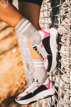 #Sneakers  👉Κωδ:2028 👉24.99€ 🚛Δωρεάν έξοδα αποστολής 💲Δωρεάν η πρώτη αλλαγη  #ΟlympicStores #OSHOESgr #AutumnCollection #oshoesSUPEROFFER #GetEmAll #WOMANSTYLE #STYLESHOES #NEWSHOES #fashionweek #moda #autumn2018 Air Max Sneakers, Sneakers Nike, Nike Air Max, Shoes, Fashion, Nike Tennis, Moda, Shoe, Shoes Outlet