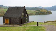 Pasterska chata spotyka nowoczesną formę. Dom letniskowy w Pieninach - zdjęcie nr 1