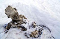 <p>I SNØEN: Liket ble funnet nær toppen på det 5636 høye fjellet Pico de Orizaba i Mexico. Like ved snublet klarteteamet over et nytt lik.<br/></p>