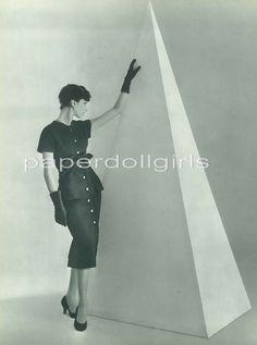 L'Officiel de la Couture et de la Mode de Paris 1955 Magazine Advertisement Chrisitan Dior Black Sheath Dress Paris Haute Couture
