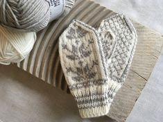 Knitting Kits, Knitting For Kids, Knitting Patterns Free, Free Knitting, Baby Knitting, Crochet Patterns, Crochet Butterfly Free Pattern, Crochet Shawl Free, Crochet Shell Stitch