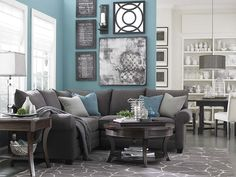 Blue living room paint - and wall decorations