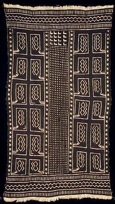 Africa | Bogolanfini - Mud Cloth tafé (wrapper).  Artist Nakunte Diarra ( Bamana people, Beledougou area, Mali) cotton