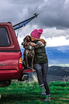 thats me the real me casul happy and with what i love my dogs and the country andddd a truckkkk