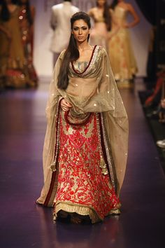 Manish Malhotra Red & Gold #Lehenga With Net Dupatta.