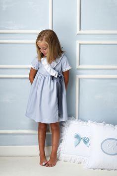 Little Girl Dresses, Little Girls, Girls Dresses, Summer Dresses, Preteen Fashion, Kids Fashion, Girls Pinafore Dress, Cute Poses, Night Gown