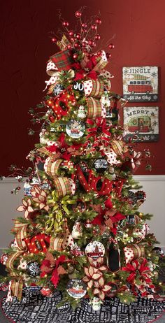 25 Christmas Tree Decorations, an integral part of the festival - MeCraftsman