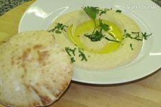 Hummus a arabský chlieb Pita