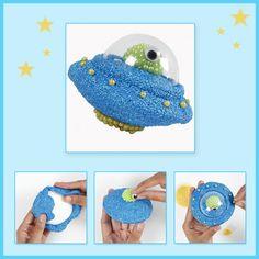 Knutselidee: Styropor bekleed met Foam en Pearl Clay. Maak de leukste ruimtewezens! Diy Clay, Polymer Clay, Crochet Earrings, Clay Ideas, Kids, Wood Art, Craft, Young Children, Children