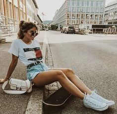 Not all girls are made of sugar and spice and all things nice. Some are made of witchcraft and wolf and a little bit of vice - Nikita Gill Skater Girl Outfits, Girls Summer Outfits, Skater Girls, Summer Fashion Outfits, Girl Fashion, Look Skater, Skater Girl Style, White Converse Outfits, Look Short