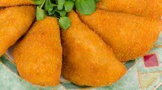 Risoles de carne delicioso, a receita é fácil de fazer e com essa massa você poderá fazer outros recheios. Experimente!!!