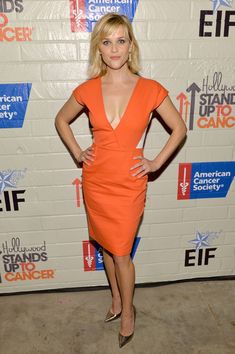 Reese Witherspoon - Stars at the Hollywood Stands Up to Cancer Event